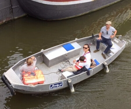 Rent small boat Amsterdam