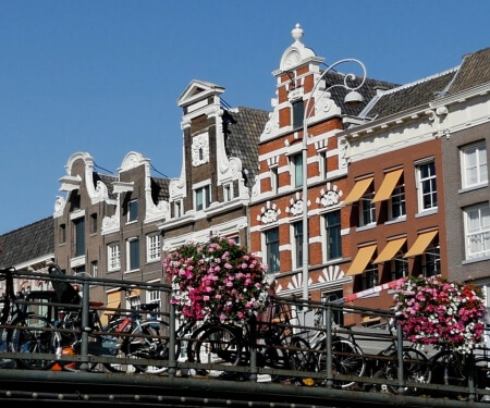 Hire boat Amsterdam canals