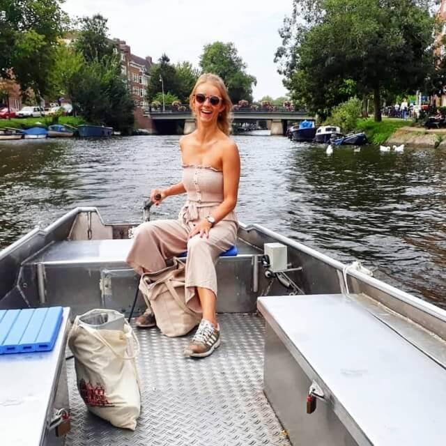 Rent a self drive boat